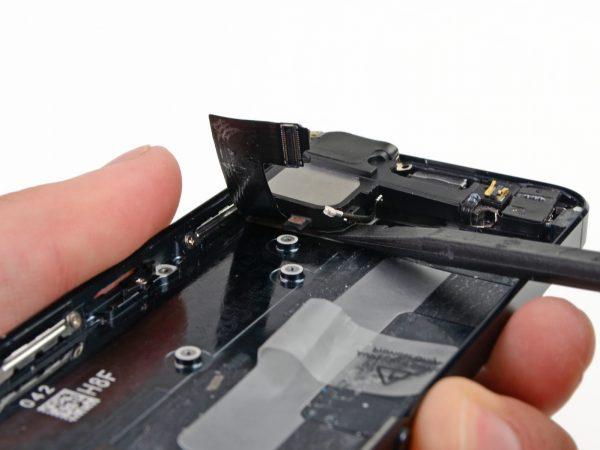 Замена разъема зарядки на iPhone 5 - фото 2 | Сервисный центр Total Apple