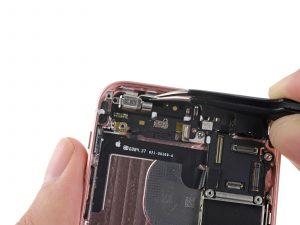 Ремонт iPhone SE - фото 1 | Сервисный центр Total Apple