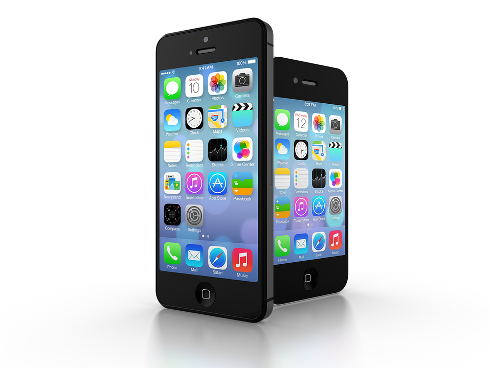 Разбитое заднее стекло на iPhone