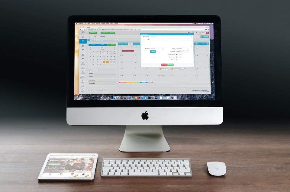 Полосы и артефакты на экране iMac