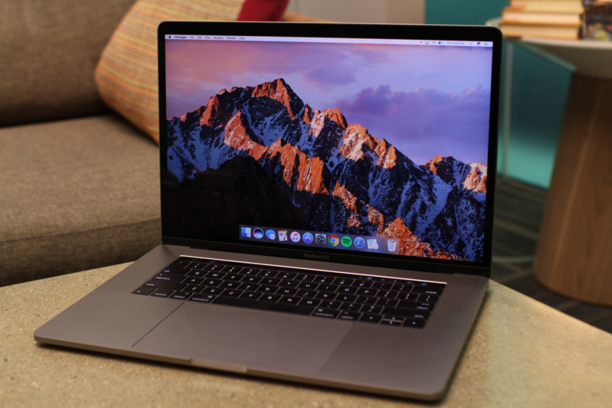 Динамики MacBook Pro 2018 хрустят во время проигрывания музыки или видео - фото 1 | Сервисный центр Total Apple